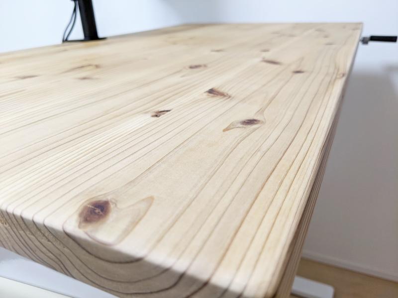 杉無垢天板はほれぼれする美しさ