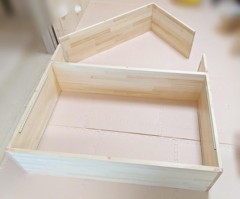おうち型本棚の組み立て